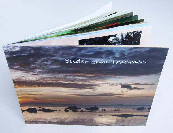 Kleines Fotobuch im Querformat mit Softcover von Pixum